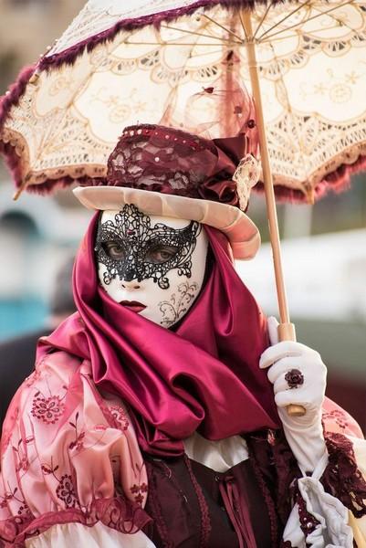 Djamal BENZEGHIBA - Carnaval Vénitien Annecy 2017 - 00021