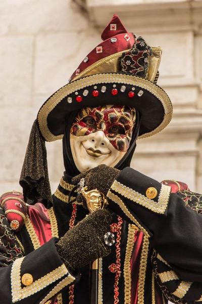 Djamal BENZEGHIBA - Carnaval Vénitien Annecy 2017 - 00025