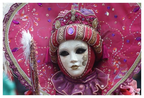 Gilbert ABISMIL - Carnaval Vénitien Annecy 2017 - 00018