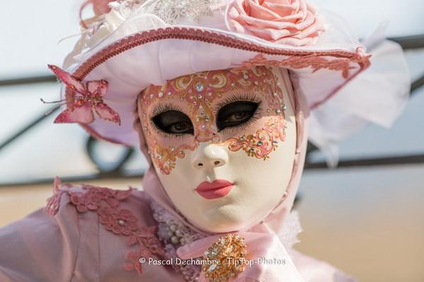 Pascal DECHAMBRE - Carnaval Vénitien Annecy 2017 - 00042